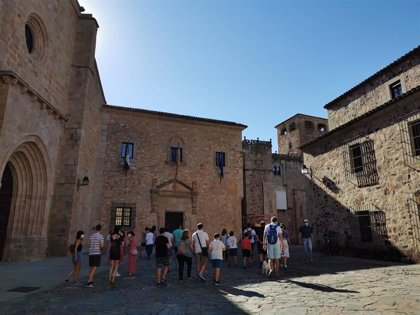 Cáceres tendrá antes de fin de año una plataforma de comercialización para potenciar el sector turístico