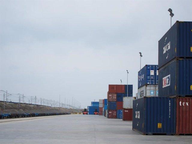 Terminal marítima contenedores Exportaciones, importaciones