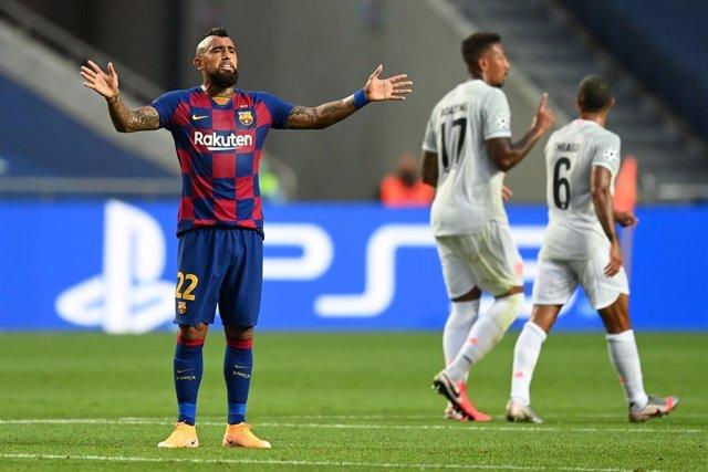 Fútbol.- Arturo Vidal deja el FC Barcelona y se marcha al Inter de Milán