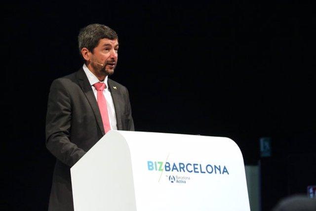 Pla mitjà del president de la Cambra de Comerç de Barcelona, Joan Canadell. Imatge del 22 de setembre de 2020. (Horitzontal)
