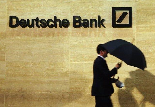 """Alemania.- Deutsche Bank cerrará 100 oficinas en Alemania, el 20% de su red, """"ta"""
