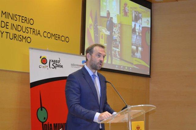 Secretario de Estado de Turismo, Fernando Valdés.