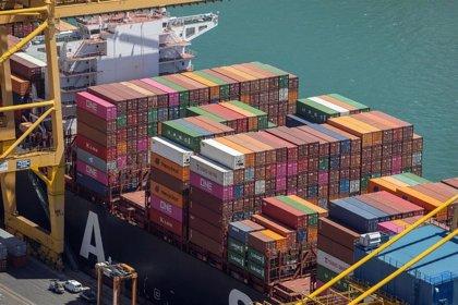 El Puerto de Barcelona gestionó 37,7 millones de toneladas hasta agosto, un 18,6% menos