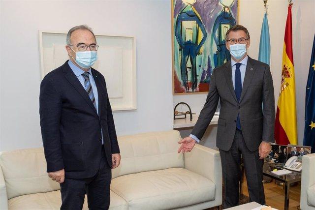 Feijóo se reúne con el alcalde de Santiago, Xosé Sánchez Bugallo.