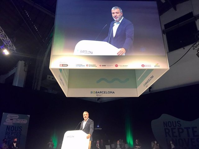 El primer tinent d'alcalde Jaume Collboni en la seva conferència 'Barcelona: revolució del talent' en el marc del Bizbarcelona