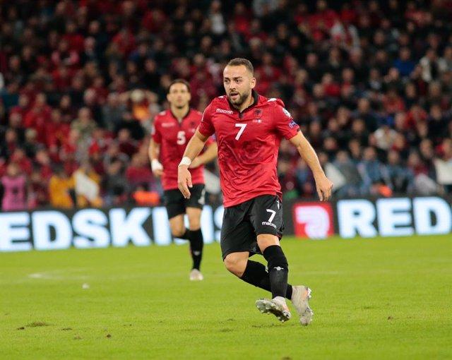 Fútbol.- El Espanyol se refuerza con el albanés Keidi Bare, procedente del Málag