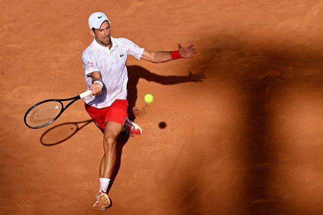 Tenis.- Novak Djokovic supera a Pete Sampras en semanas como número uno y abre m