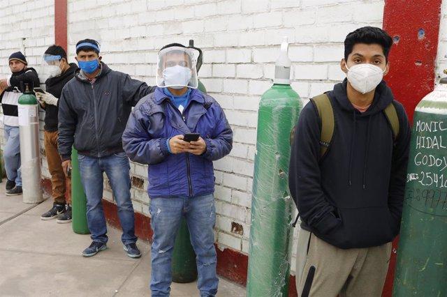 Coronavirus.- Perú rebaja ligeramente su balance de nuevos casos de coronavirus