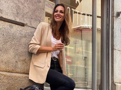 Eva González tiene el look ideal para dar la bienvenida al otoño. ¡Y es muy fácil de imitar!
