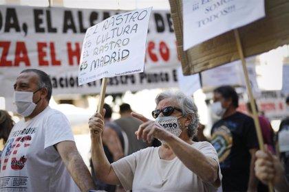 """Comerciantes del Rastro se concentrarán este miércoles en Sol para pedir su reapertura porque """"necesitan trabajar"""""""