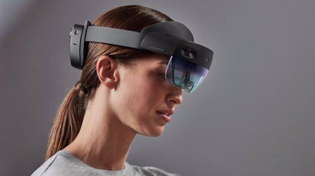 HoloLens 2, el dispositivo de Realidad Mixta de Microsoft, ya está disponible en