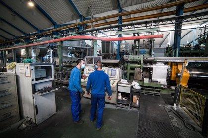 La recuperación económica se estanca en la zona euro ante el repunte de casos de Covid-19, según PMI