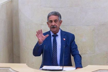 """Revilla critica la """"barra libre"""" fiscal de algunas CCAA y reivindica que España sea """"una unidad fiscal"""""""
