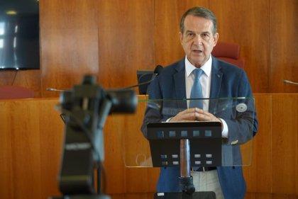 La FEMP remitirá a Hacienda una propuesta alternativa en la que incluye el fondo de transportes y el de 5.000 millones