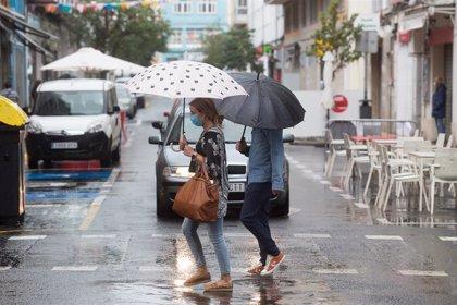 Sanidade impone restricciones en Vilagarcía y las amplía en el entorno de Santiago y en Ourense ciudad