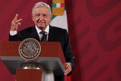 López Obrador recibe un informe de corrupción del director del Indep tras su dimisión