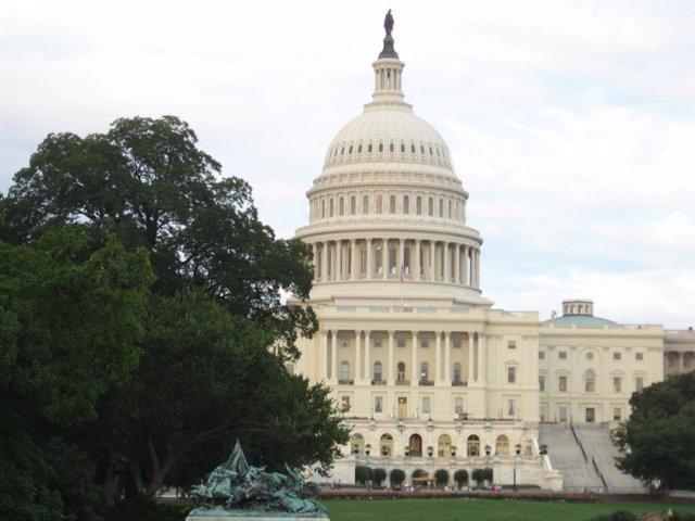 EEUU.- Congresistas demócratas redactan un paquete de medidas para reforzar los
