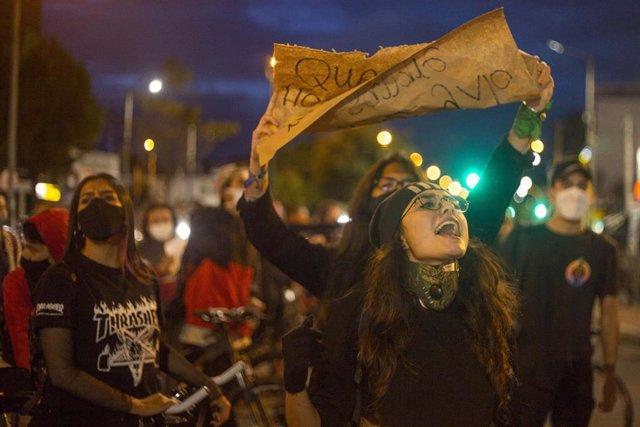 Protestas en Colombia por las últimas masacres ocurridas en varios regiones rurales del oeste del país.