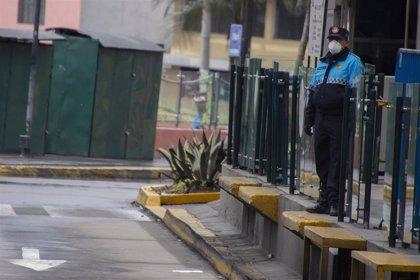 Ecuador registra un nuevo récord de contagios diarios al sumar más de 2.200 en las últimas 24 horas