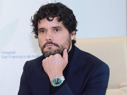 Miguel Abellán, en defensa de Enrique Ponce, justifica que llamase por teléfono a Ana Soria en mitad de una faena