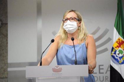 """La presidenta de la Asamblea agradece a Cayetano Polo (Cs) su """"lealtad y comportamiento"""" durante su etapa como diputado"""