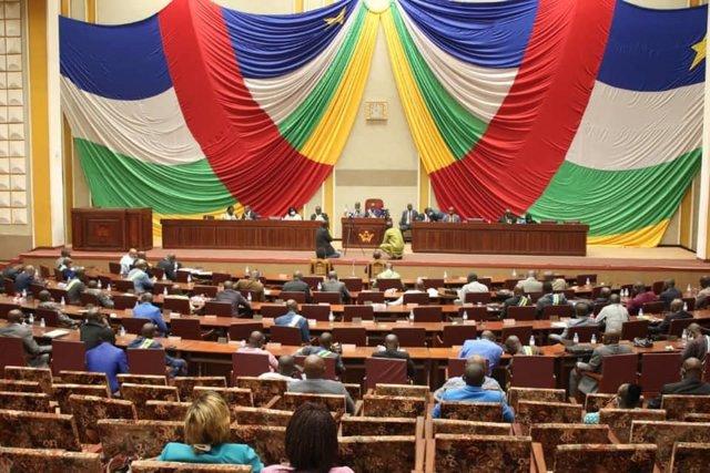R.Centroafricana.- El Parlamento de RCA aprueba el nuevo código electoral de car