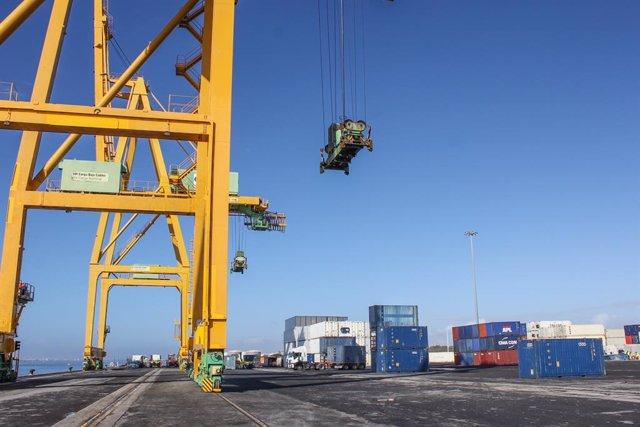 Economía/Empresas.- Puertos del Estado invertirá 4,7 millones en digitalizar la información logística