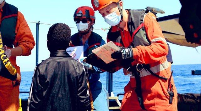 Europa.- Italia autoriza el desembarco de los migrantes del 'Alan Kurdi'
