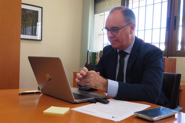 El delegado de Empleo, Formación, Trabajo Autónomo, Transformación Económica, Industria, Conocimiento, y Universidad en Huelva, Antonio Augustín.