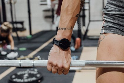 Wardoo, la pulsera española con tecnología beacon para controlar la distancia y el aforo