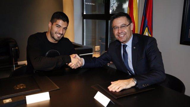 """Fútbol.- El Barça quiere homenajear a Suárez en el Camp Nou """"cuando termine la p"""