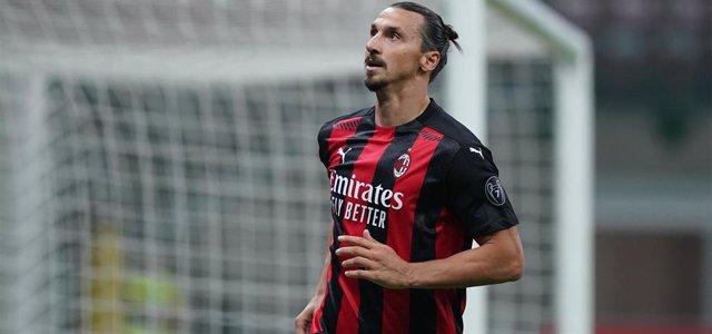 Fútbol.- El delantero del Milan Zlatan Ibrahimovic tiene coronavirus