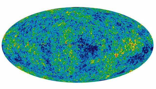 La gravedad causa que el Universo se vea igual en todas partes