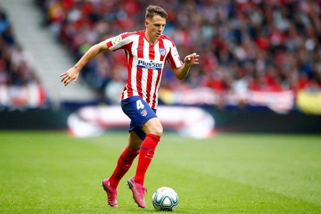 Fútbol.- El Atlético cede a Santiago Arias al Bayer Leverkusen