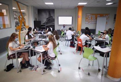 Cierran otras tres aulas en Cantabria, donde 37 permanecen en cuarentena