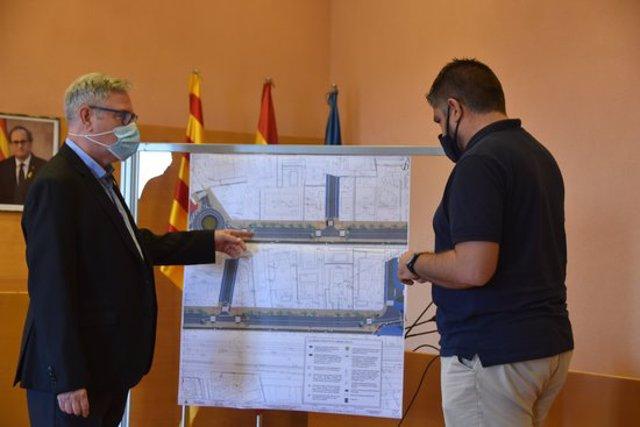 Pla conjunt de la presentació del projecte de remodelació del tram de l'antiga N-340 al seu pas per Torredembarra. (horitzontal)