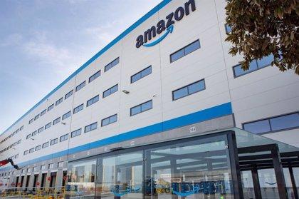El centro logístico de Amazon en Dos Hermanas (Sevilla) empieza a funcionar, que prevé crear 1.000 empleos