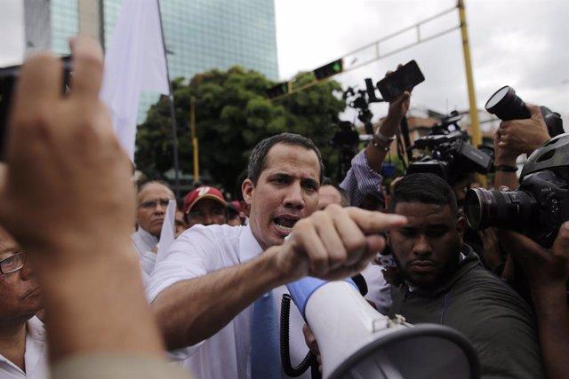 """Venezuela.-Guaidó habla de una """"solución factible"""" si se respetan los derechos e"""