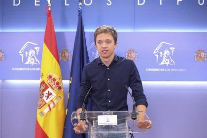 """Cvirus- Errejón se concentra contra las medidas restrictivas: """"Madrid no necesita militarizarse, necesita medicalizarse"""""""