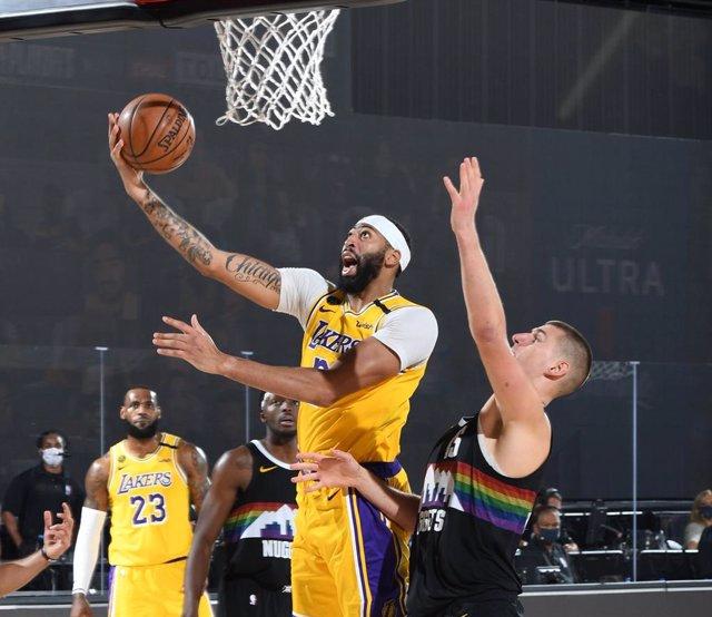 Baloncesto/NBA.- Anthony Davis sitúa a los Lakers a un paso de las Finales