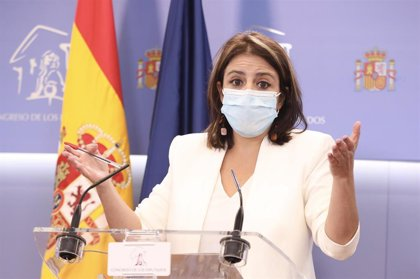 """Lastra dice que """"escucha muy atentamente"""" a Felipe González y asegura que el PSOE defiende el mismo pacto constitucional"""