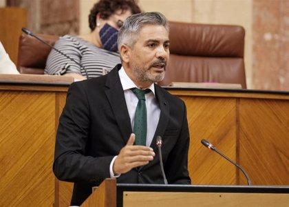 El Parlamento andaluz pide que los contagios entre sanitarios sean considerados enfermedad profesional