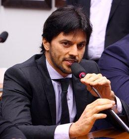 El ministro de Comunicaciones de Brasil, Fabio Faria