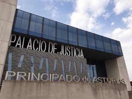 Piden 8 años de cárcel para un sacerdote y profesor en Gijón por abusar sexualmente de una alumna de manera continuada