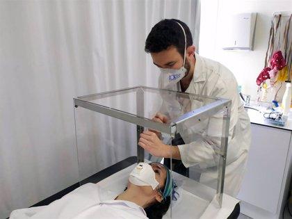 El Hospital Trias i Pujol impulsa un sistema cajas protectoras para proteger a los médicos