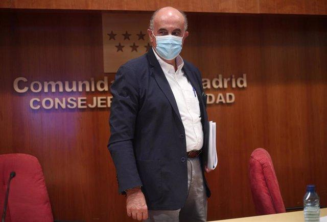 El viceconsejero de Salud Pública y Plan Covid-19, Antonio Zapatero, tras informar sobre las nuevas medidas de protección frente a la evolución del Covid-19 en Madrid, en la Consejería de Sanidad de Madrid (España), a 25 de septiembre de 2020.