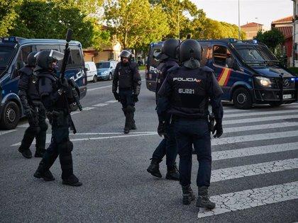Interior defiende la proporcionalidad y legalidad de la actuación de la Policía en Vallecas