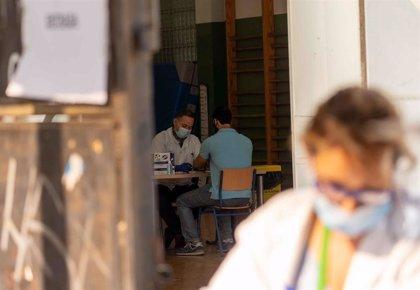 Un total de 34 municipios andaluces superan la tasa de incidencia Covid que plantea Sanidad para restringir la movilidad