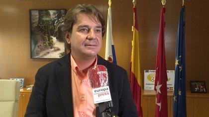 """El alcalde de Fuenlabrada critica a Ayuso por avisar de las restricciones """"poco antes de la rueda de prensa"""""""