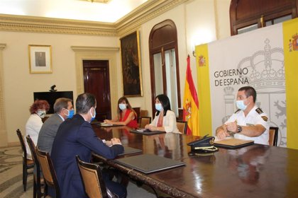 Los abogados acuerdan asistir a los inmigrantes del CATE de Motril (Granada) por teléfono